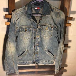 Tommy hilfigure jean jacket